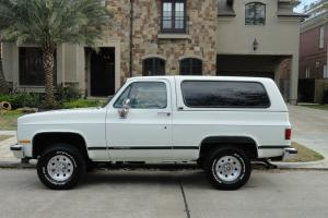 1989 GMC Jimmy,4X4,ONLY 8K ORIGINAL MILES,2 owner,books/records,TRULY STUNNING!!