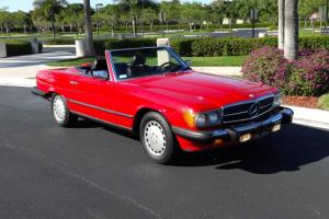 1986 560SL Signal Red, Clean Car Fax, Service History, Highly Original, 2 tops