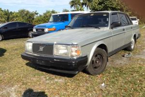 1987 volvo 240DL