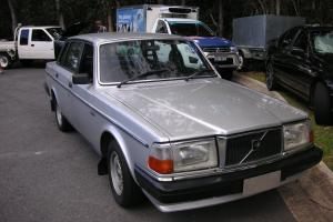 1985 Volvo 240 GL in Little Mountain, QLD Photo