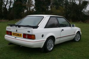 Ford Escort XR3i 1989 G Reg Barn Find Photo