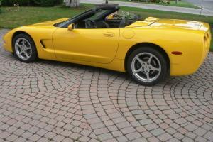 Chevrolet : Corvette 50th Anniversary Edition Convertible 2-Door