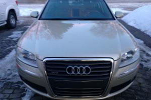 Audi : A8 W12
