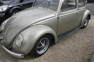 1957 Volkswagen Beetle (early square window model)