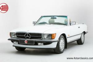 Mercedes-Benz 300SL R107 1989