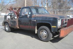 Wheel lift Wrecker tow truck big block 454 turbo 400 4X4 virgin barn find