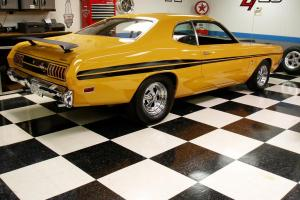 1971 DODGE DEMON .. THE REAL DEAL .. THIS IS 1 BAD BOY ... BUILT TO RUN ..