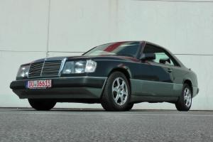 1987 Mercedes Benz 230 CE with rare 5-Speed Manual Transmission ! Low mls