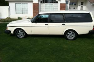 1982 Volvo 245 GLT Wagon 4-Door 2.1L