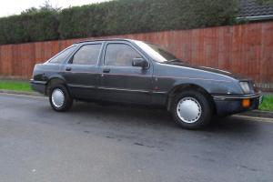 ford sierra 1.6 ghia auto