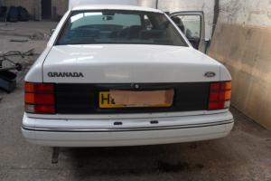 FORD GRANADA GHIA 1991