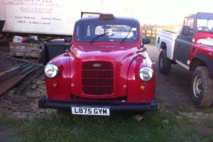 London Taxi Cab - Coventry Car Bodies