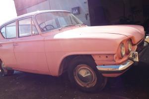 FORD CONSUL CLASSIC CAR