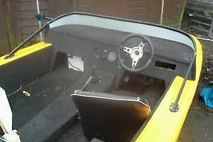 SPEED BOAT CAR CLASSIC ROBIN RELIANT Photo