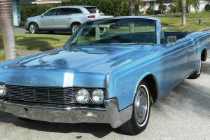 1966 Lincoln Continental  7.6L..... Elegant Beauty ready to be enjoyed!