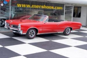 1966 Pontiac GTO Tri-Power 4 Speed Red/Black