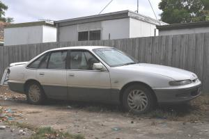 Holden Calais 1994 4D Sedan 4 SP Automatic 5L Multi Point F INJ in New Gisborne, VIC