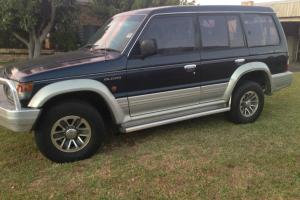 Mitsubishi Pajero GLS LWB 4x4 1995 4D Wagon 4 SP Automatic 4x4 Photo