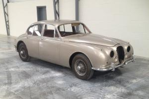 Jaguar Daimler V8 250 Manual Overdrive for easy restoration – VERY RARE