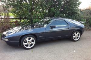 PORSCHE 928 S4 5.0 AUTO 1990
