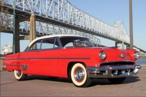 1954 Lincoln Capri coupe