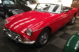 1970 MGB Roadster R/H/D Tartan Red STUNNING 1 OWNER FROM NEW