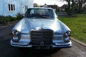 1971 Mercedes Benz, 280 SE, w108, 3.5L V8, Column Change Auto