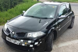 RENAULT MEGANE F1 TEAM R26 SPORTS 270BHP Photo