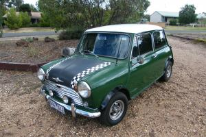 Morris Mini Deluxe 1965 2D Sedan 4 SP Manual 998 CC Carb in Maiden Gully, VIC