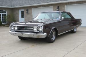 Plymouth : GTX 1967 440/ Auto