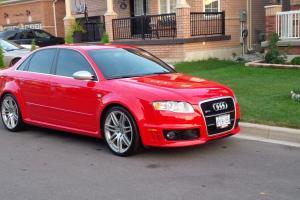 Audi : RS4 CARBON FIBER PACKAGE