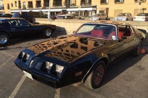 Pontiac firebird smokey and the bandit shape