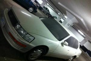 Lexus : LS LS 400