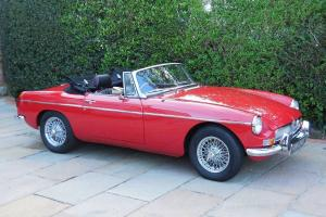 MGB Roadster - Convertible UK / RHD / 1972 / Restored / Overdrive / Stunning!