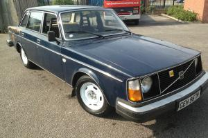 1975 VOLVO 240 MK1 ROUND HEADLIGHT MODEL WITH TAX AND TEST- ULTRA RARE MODEL Photo