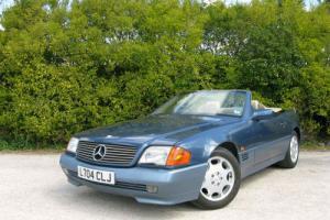 1994 'L' Mercedes-Benz SL 320 Convertible. 2 Owners 56,000 mls Merc History