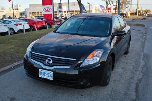 Nissan : Altima S