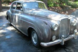 Vintage Bentley 1956 original Barn find Photo