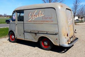 Milk Truck, Bread Truck, Ice Cream Truck, Delivery Photo