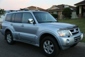 Mitsubishi Pajero Exceed LWB 4x4 2005 4D Wagon 5 SP Auto Sports MOD 3 8L in Swansea, NSW