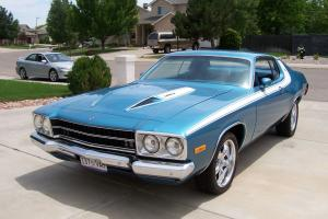 1974 Plymouth Roadrunner Base Coupe 2-Door 5.2L