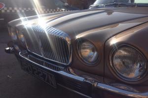 Daimler Vanden Plas Series 2 v12