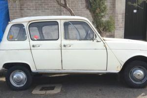 1963 Renault R4 Photo