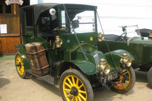 1912 Renault AG1 'Taxi de la Marne' Photo