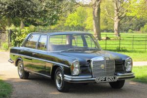 UNIQUE OPPORTUNITY Mercedes 280SEL W108 1971 Classic S Class EX EMBASSY Owned