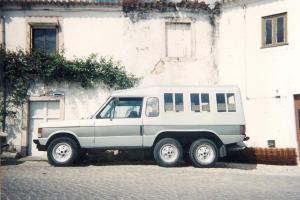 Classic Range Rover 6 wheels Car-Michael converted