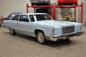 1976 LINCOLN CONTINENTAL TOWN COUPE 35,000 ACTUAL MILES LIKE CADILLAC