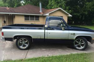 1982 Blue Chevy C 10 Silverado Shortbed
