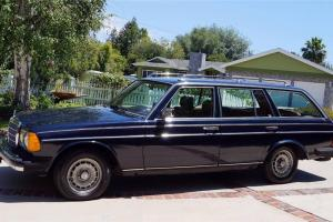 1985 Mercedes-Benz 300TD 123T STATION WAGON BLUE Turbo Diesel OM617 Engine 197K