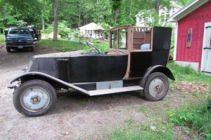 1922 Renault NN Town Car